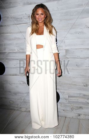 LOS ANGELES - SEP 24:  Chrissy Teigen at the VIP Sneak Peek Of go90 Social Entertainment Platform at the Wallis Annenberg Center for the Performing Arts on September 24, 2015 in Los Angeles, CA