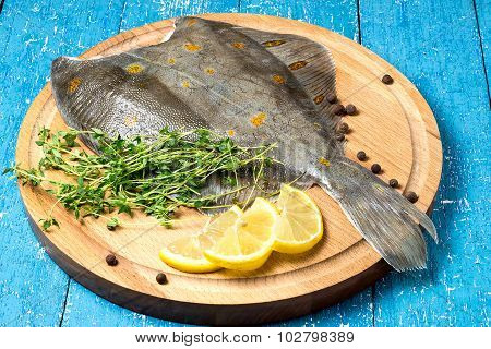 Fresh Flounder With Lemon, Thyme And Pepper