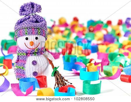 New Year 2016. Happy Snowman, party decoration serpentine