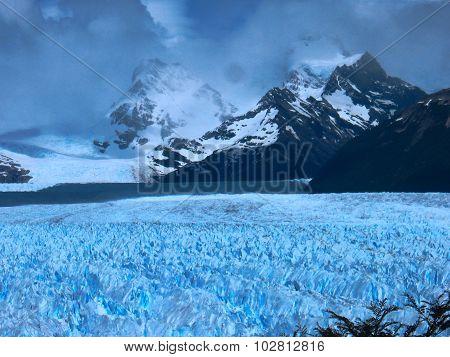Glacier Perito Moreno, by the mountains