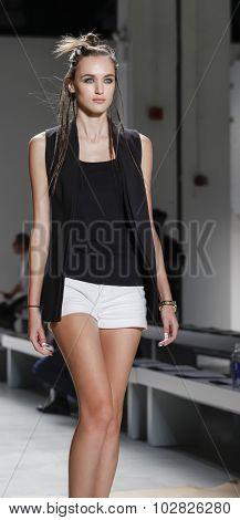 Nicole Miller Ss 2016