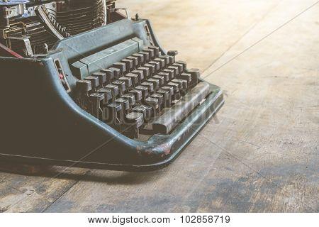Typewriter Vintage Style