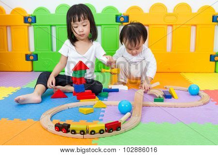 Asian Chinese Childrens Playing With Blocks