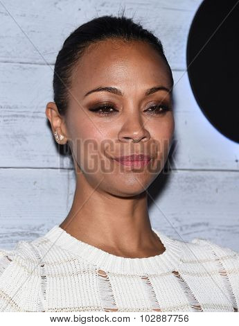 LOS ANGELES - SEP 24:  Zoe Saldana arrives to the Go90 Sneak Peek  on September 24, 2015 in Hollywood, CA.