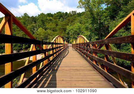 Walking hiking foot bridge