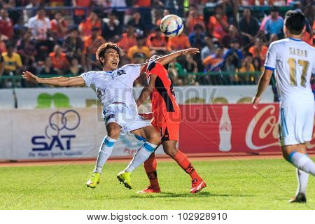 Sisaket Thailand-september 20: Lee Jun-ki Of Tot Sc (white) In Action During Thai Premier League Bet