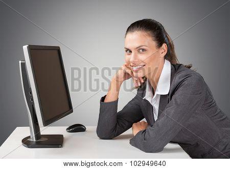 Women computer.