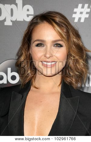 LOS ANGELES - SEP 26:  Camilla Luddington at the TGIT 2015 Premiere Event Red Carpet at the Gracias Madre on September 26, 2015 in Los Angeles, CA