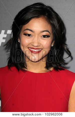 LOS ANGELES - SEP 26:  Amy Okuda at the TGIT 2015 Premiere Event Red Carpet at the Gracias Madre on September 26, 2015 in Los Angeles, CA