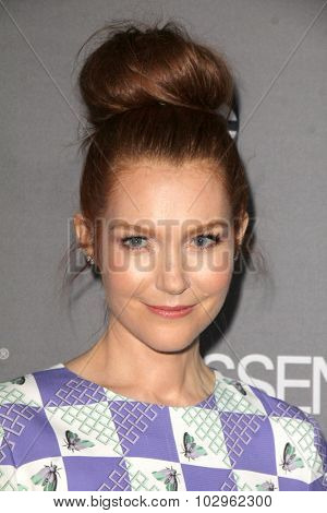Chandra WilsonLOS ANGELES - SEP 26:  Darby Stanchfield at the TGIT 2015 Premiere Event Red Carpet at the Gracias Madre on September 26, 2015 in Los Angeles, CA