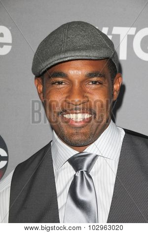 LOS ANGELES - SEP 26:  Jason George at the TGIT 2015 Premiere Event Red Carpet at the Gracias Madre on September 26, 2015 in Los Angeles, CA