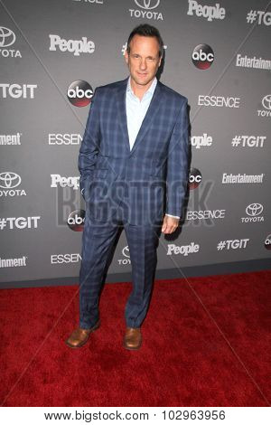 LOS ANGELES - SEP 26:  Tom Verica at the TGIT 2015 Premiere Event Red Carpet at the Gracias Madre on September 26, 2015 in Los Angeles, CA