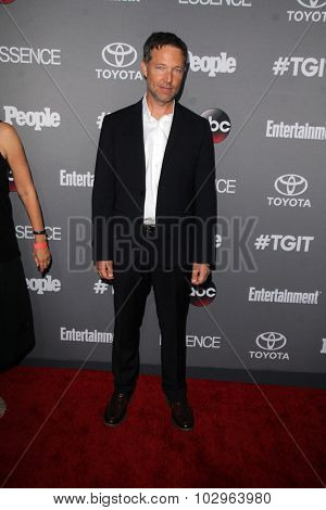 LOS ANGELES - SEP 26:  George Newbern at the TGIT 2015 Premiere Event Red Carpet at the Gracias Madre on September 26, 2015 in Los Angeles, CA