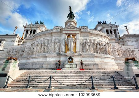 ROME - SEPT 5: Soldiers guard the Tomb of the Unknown Soldier at The Altare della Patria monument on September 5, 2015 in Rome, Italy.