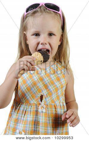 child eating ice cream.