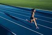 ������, ������: African Woman Running On Racetrack