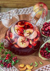 pic of cardamom  - Fruit tea from apples - JPG