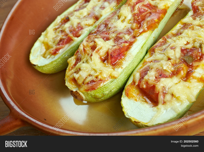 Блюда из кабачков в духовке пошаговый рецепт