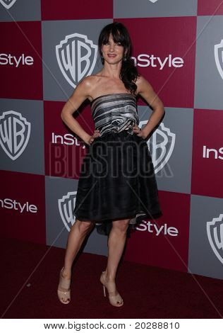 LOS ANGELES - JAN 16:  Juliette Lewis arrives to the 12th Annual WB-In Style Golden Globe After Party  on January 16, 2011 in Beverly Hills CA
