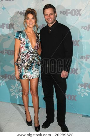 PASADENA, CA - JAN 11:  Natalie Zea & Travis Schuldt arrives at the FOX All-Star Party on January 11, 2011 in Pasadena, CA
