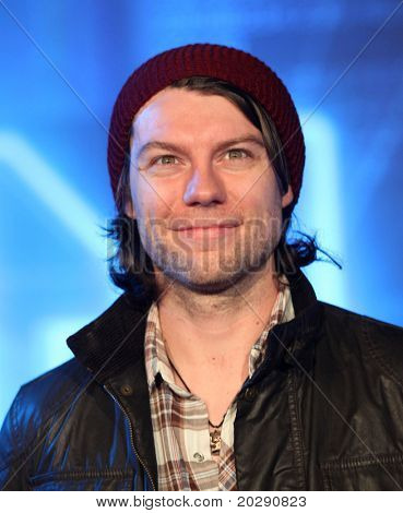 LOS ANGELES - DEC 11:  Patrick Fugit arrives to the 'Tron: Legacy' World Premiere  on December 11, 2010 in Hollywood, CA