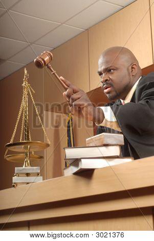 Wütend Richter