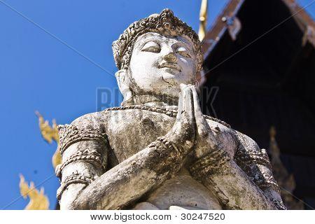 Thepha Statues