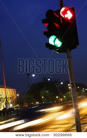 Traffic Light in Night City with Speed Light