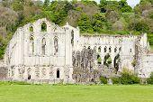 Постер, плакат: Руины аббатства Rievaulx Северный Йоркшир Англия