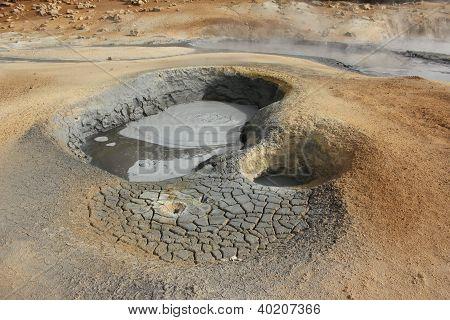 Muddy Fumarole