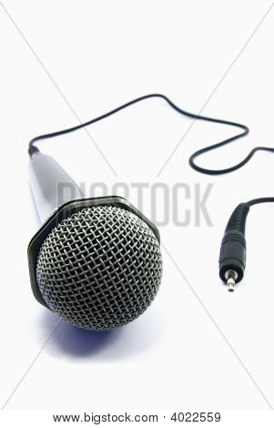 Isolated Microphone With Plug