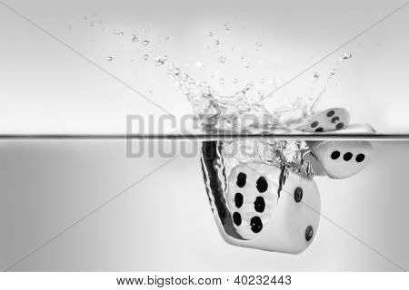 dices with the six fall into water