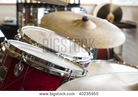 view on two drums and plates kit