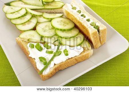 Sandwiches mit Gurke