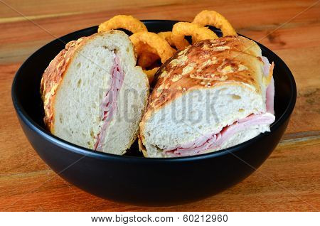 Cheese Bread Ham Baguette With Onion Rings