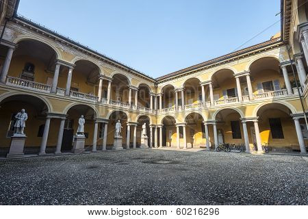 Pavia, Court Of The University