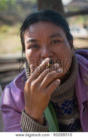 Burmese Woman Smoke Cheroot Cigar