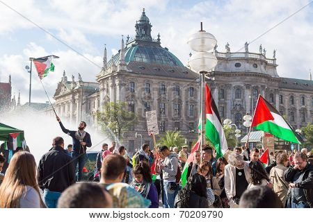 Peaceful Demonstration For Stopping Israel-palestine Conflict