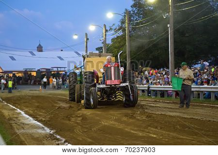 Vintage Tractor Pull