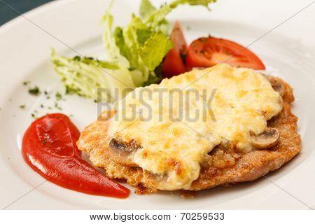 Schnitzel with vegetables