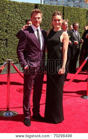 LOS ANGELES - AUG 16:  Derek Hough, Amy Purdy at the 2014 Creative Emmy Awards - Arrivals at Nokia Theater on August 16, 2014 in Los Angeles, CA