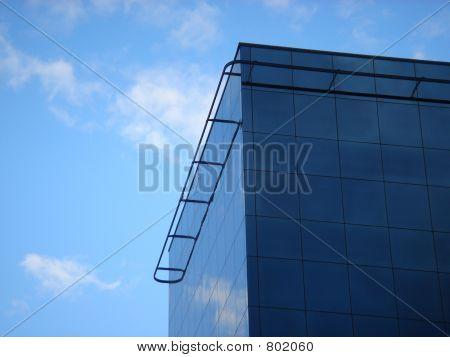 Glaskörper Gebäude in den Himmel