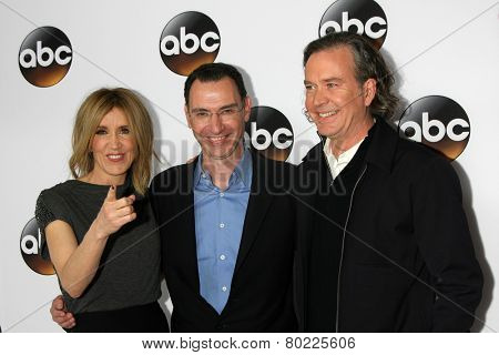 LOS ANGELES - JAN 14:  Felicity Huffman, Paul Lee, Timothy Hutton at the ABC TCA Winter 2015 at a The Langham Huntington Hotel on January 14, 2015 in Pasadena, CA