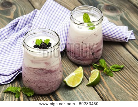 Fresh Fruit Yoghurt With Blackberries