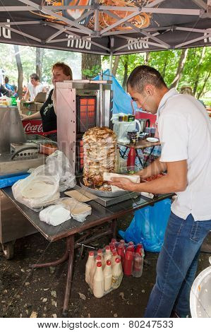 Cooking Fast Food Shawarma Outdoors In The Park On The Tatar Holiday Sabantuy