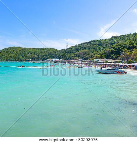 Tourists Playing At Beach, In Koh Lan ( Larn Island )