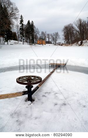 Sleigh Ride In A Circle On The Frozen Lake