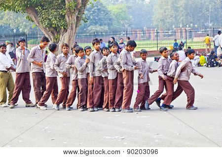 scholars in uniform visit the Red Fort