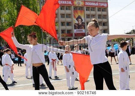 Orel, Russia - May 09, 2015: Celebration Of The 70Th Anniversary Of The Victory Day (wwii). Girls In