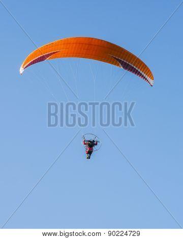 Paragliding - portrait orientation